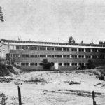 Uusittu Kukonhiekan lava kuvattuna järveltä päin, 1963.